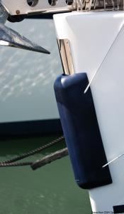 Parabordo prua 770 mm bianco [Osculati]
